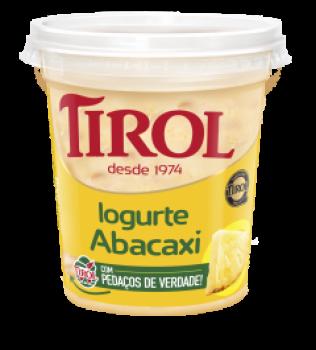 Iogurte Abacaxi com Pedaços de Fruta
